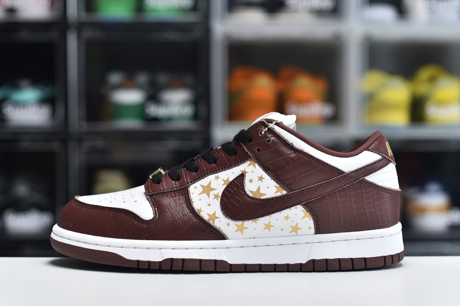 Supreme x Nike SB Dunk Low Brown Stars DH3228-103 For Sale