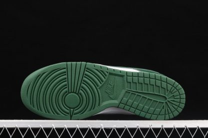 Nike Dunk Low Team Green CW1590-102 Sole